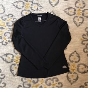Women's black North Face v-neck